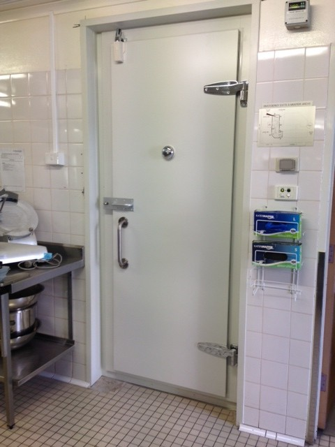 coolroom swing door & Coolroom Swing Door - Complete Coolroom Services